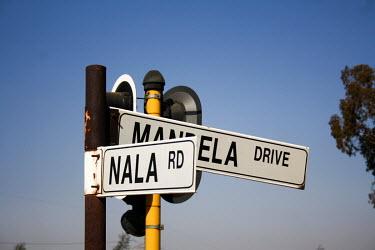 corner mandela and nala